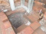 Lubang Sumur di ruang utama