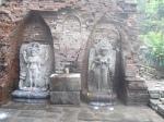 Dewi Sri dan Dewi Laksmi yang merupakan sakti Dewa Wisnu