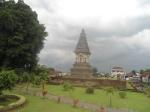 Puncak Candi Jawi berbentuk Stupa sebagai tanda Budha