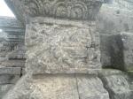 Relief Tantri tentang Buaya yang menipu Kerbau/Sapi (Buaya ditolong Sapi dari tertimpa pohon)